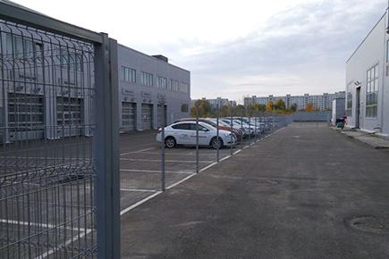 Ограждение автосалона Ниссан в Казани